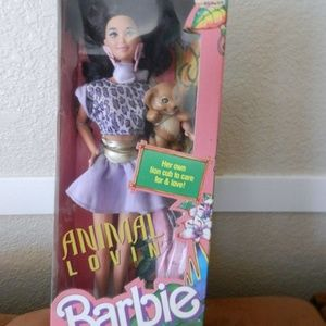 Animal Lovin Barbie Nikki NRFB Lion 1988